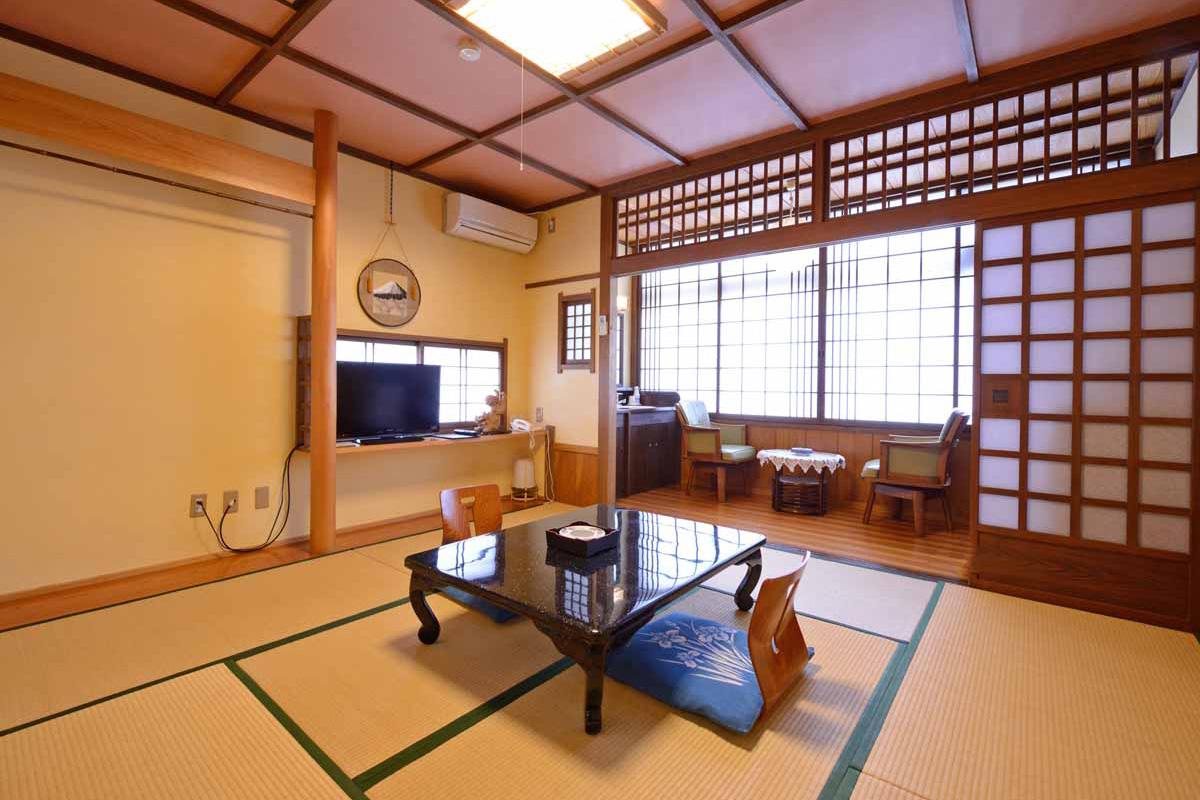 山田屋海側和室8畳